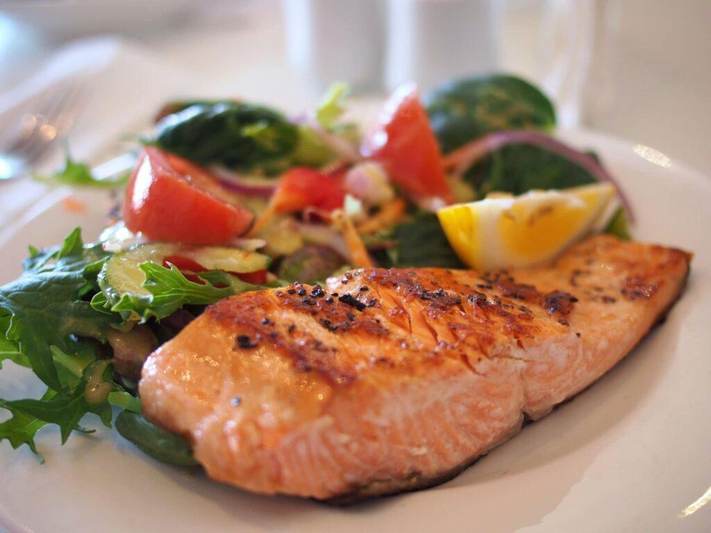 Vi serverer sunn, fersk og smaksrik mat, hver dag på Jæren folkehøgskule